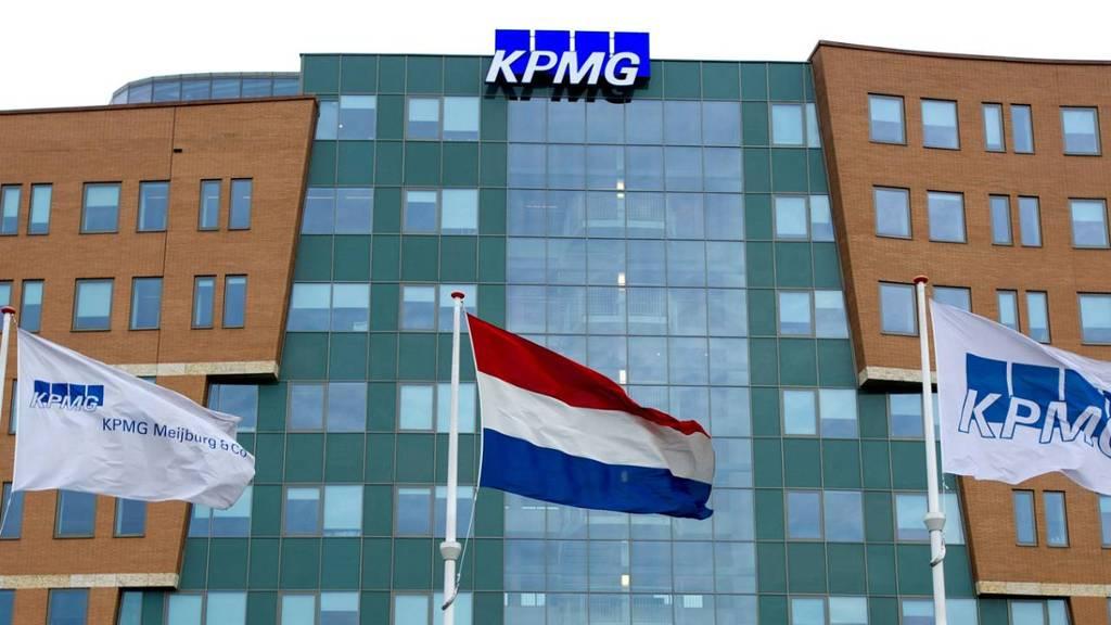 Exterieur van het hoofdkantoor van accountantsbureau KPMG