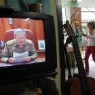 Raul Castro houdt een toespraak voor de Cubaanse televisie.