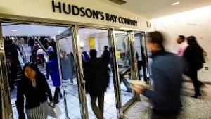 Winkel van warenhuisketen Hudson's Bay in Toronto, Canada.