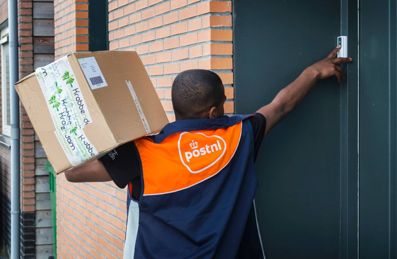 Sharing Economy News: PostNL takes delivery drivers now only
