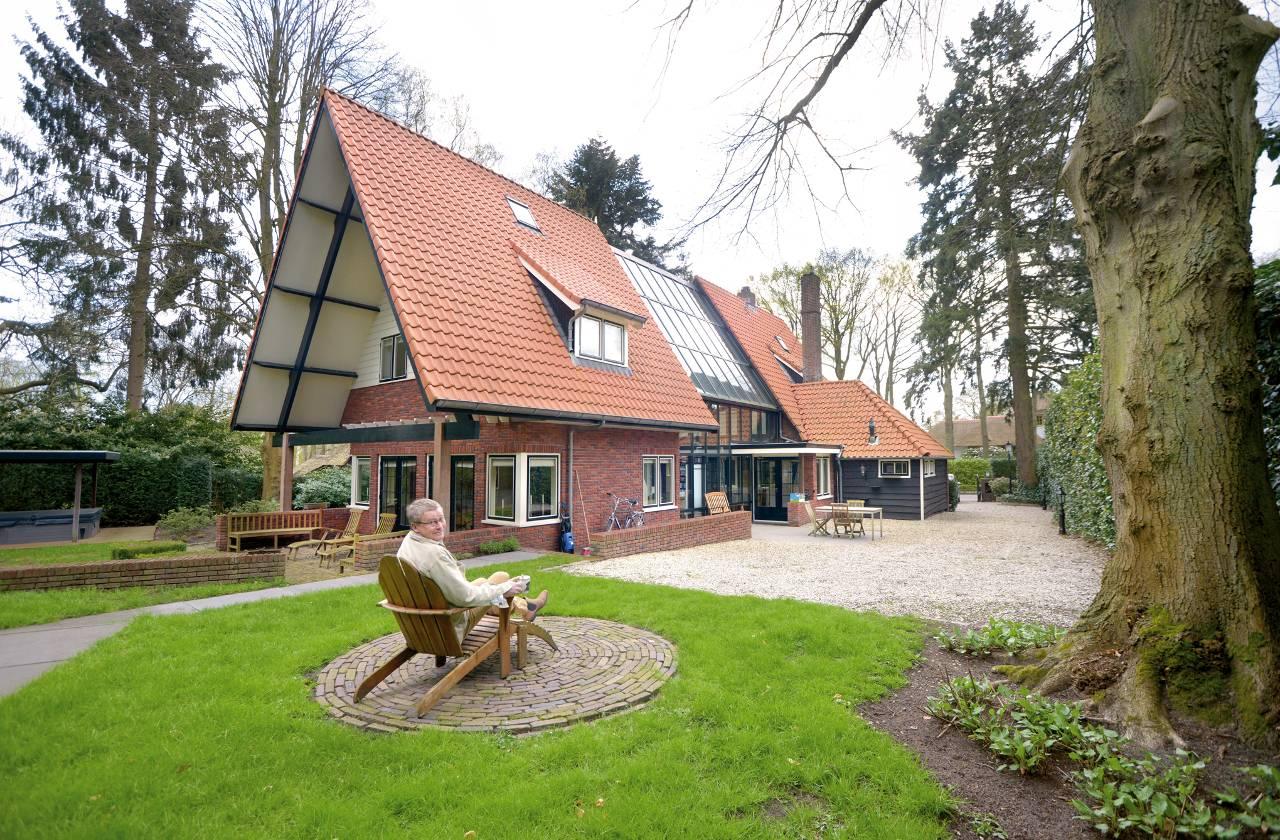 Gooise villa met zwembad en royale woonserre het for Te koop inbouw zwembad