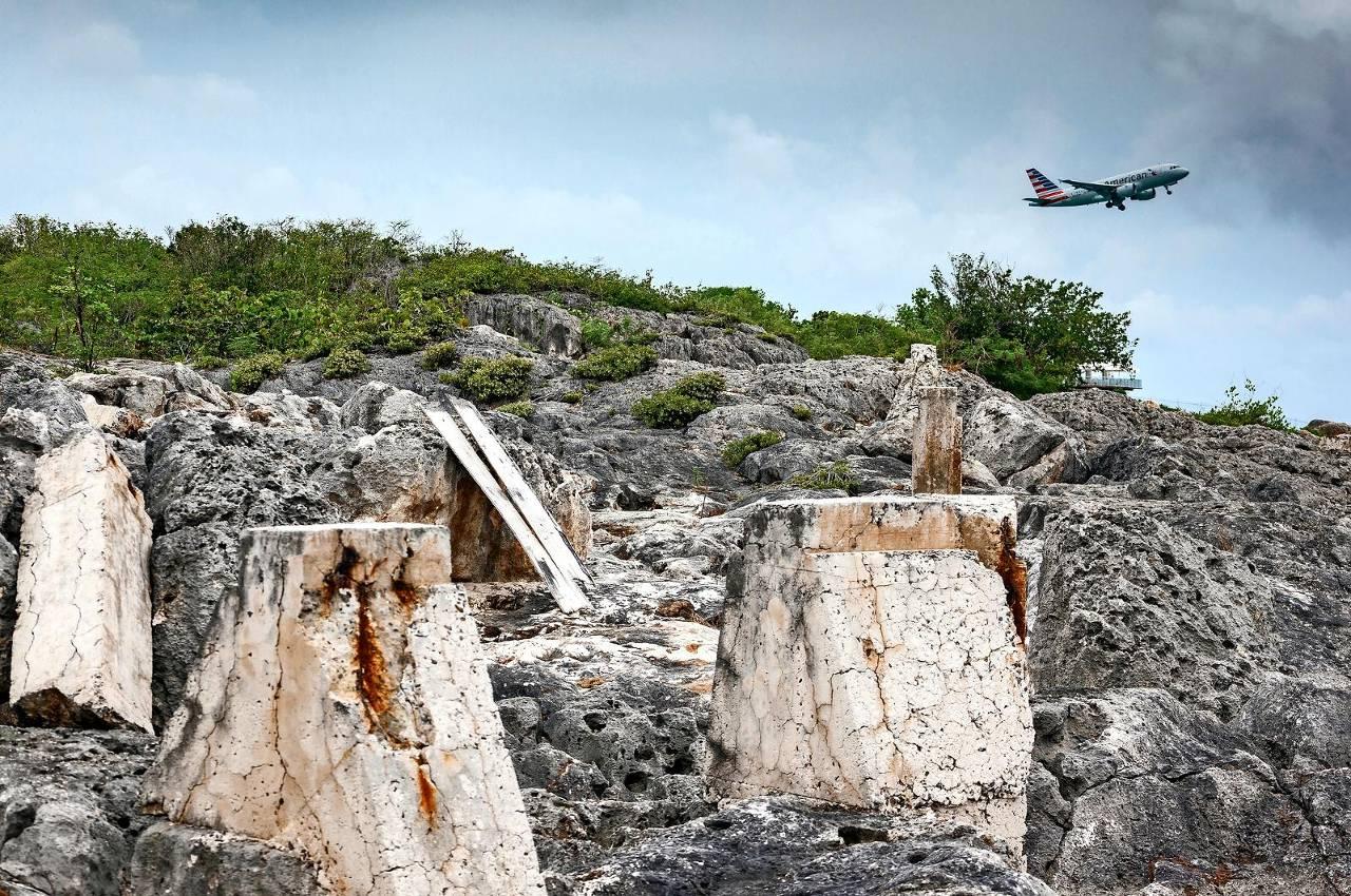 Het braakliggende Mullet Bay van Ansary op Sint Maarten, waar Ennia veel geld investeerde.